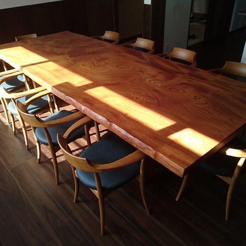 一枚板テーブル 欅