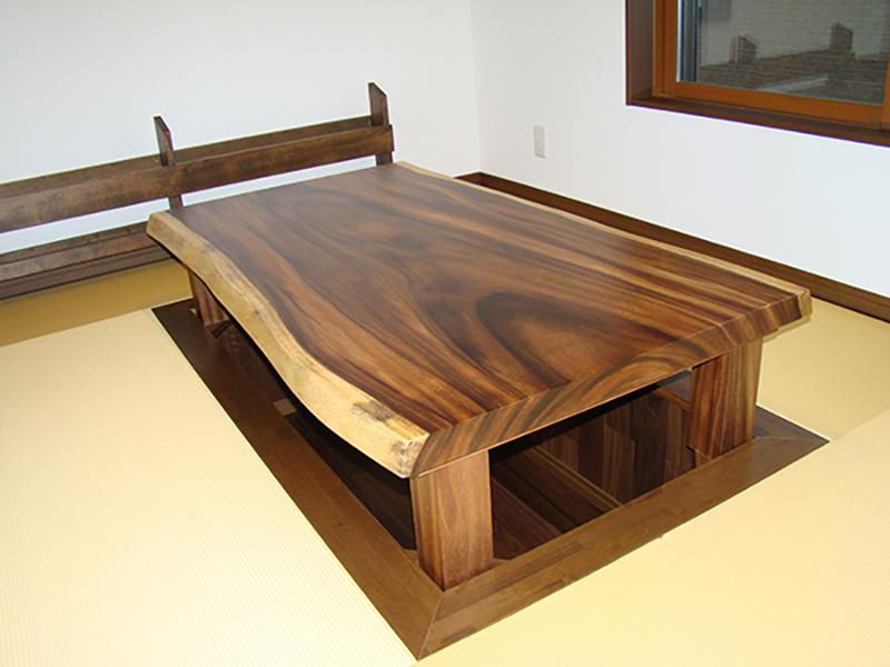 モンキーポッド一枚 座卓