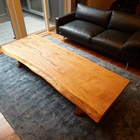 一枚板 栃のリビングテーブル