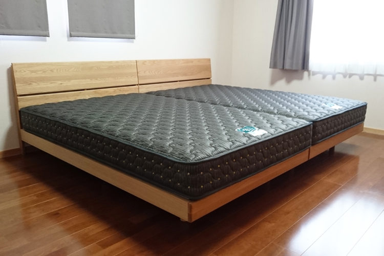 天然木オーク材のベッド