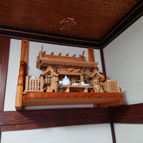 総欅流れ屋根三社神棚セット