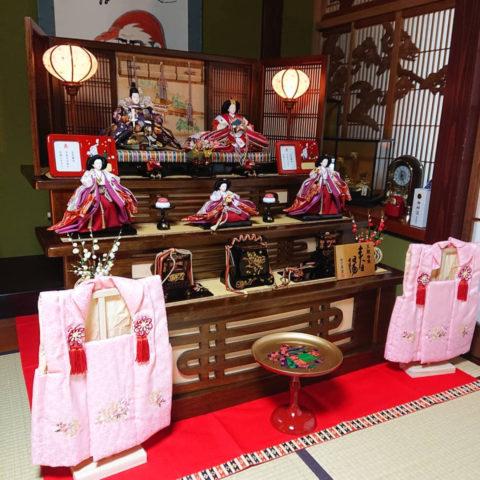 東玉 木製三段五人飾り ひな人形
