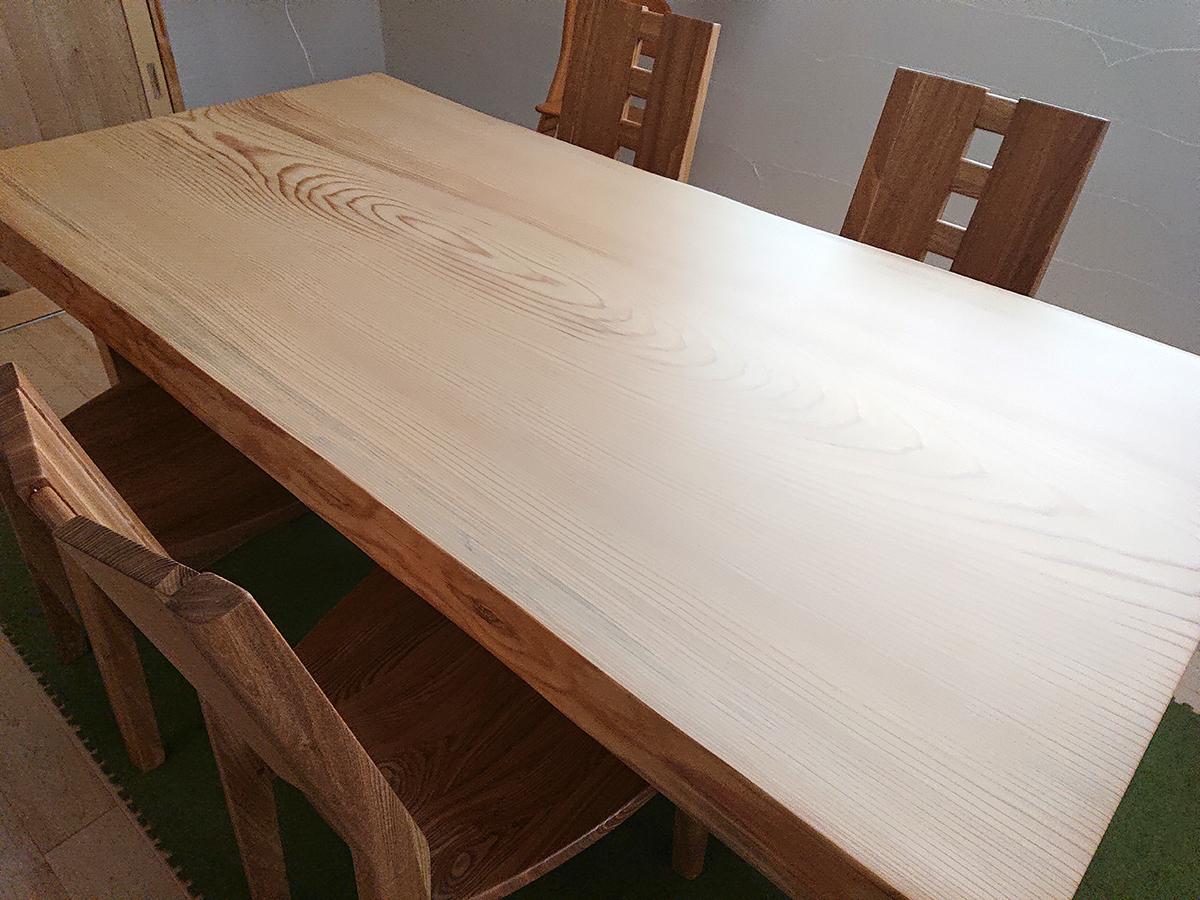 『一枚板ダイニングテーブルセット もみの木』