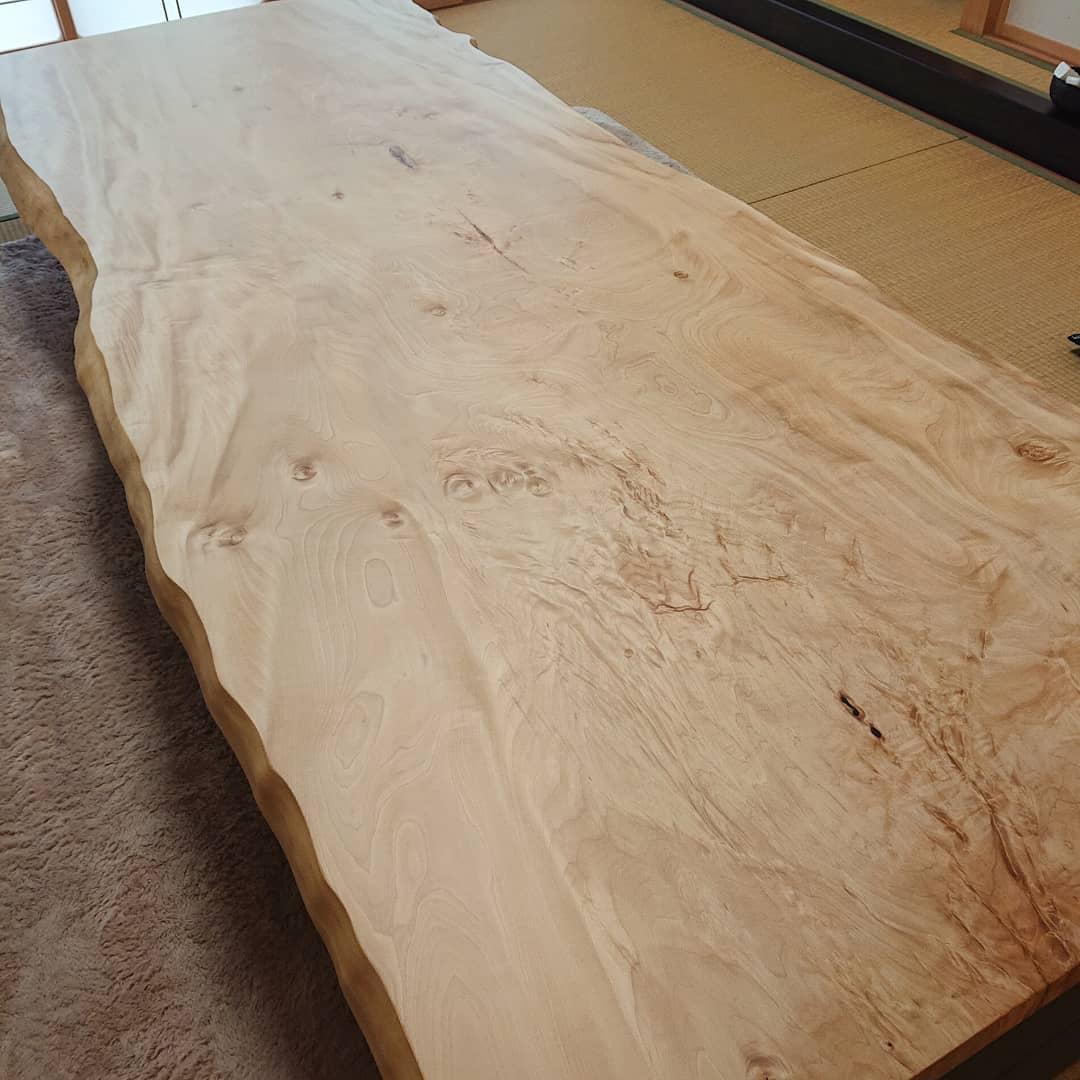 一枚板 栃の座敷テーブル