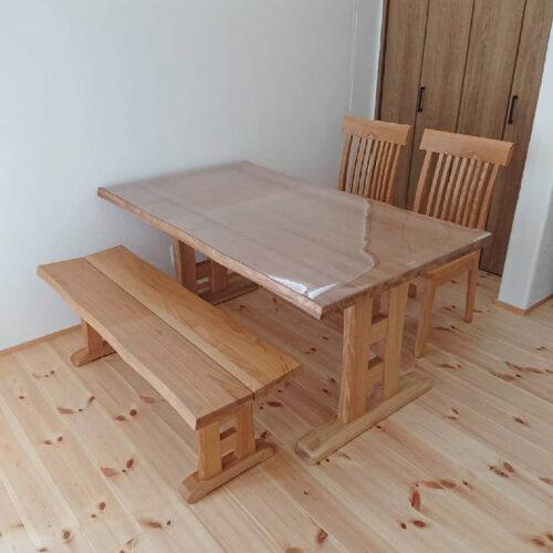 タモ無垢のダイニングテーブルセット